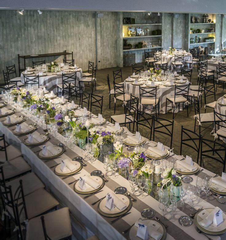 Disposición de la mesas en el salon del banquete de la boda marinea en El Campillo