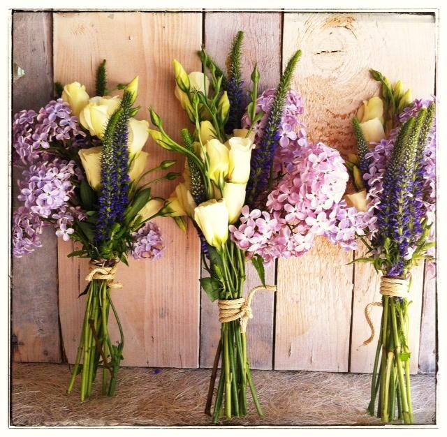 3 ramos de novias con Lilas & Eustomas - by Mar de Flores